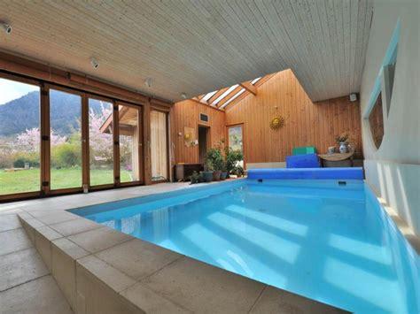 Formidable Interieur Maison Bois Contemporaine #3: Maison-Annecy-rive-ouest-piscine.jpg