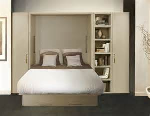 armoire lit ketiam 140 de couchage avec canape devant