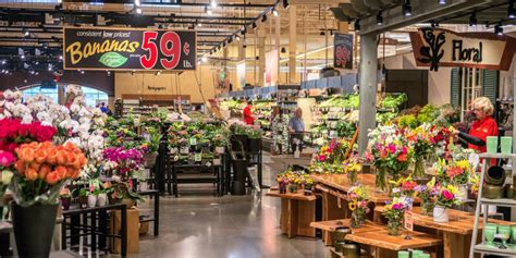 popular grocery stores photo gallery voted the best grocery store in america