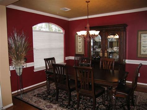 Red and gold dining room