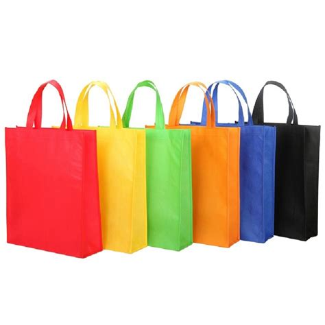 Kain Spunbond Bahan Tas bahan kain laken cocok untuk tas spunbond atau goodie bag towa wear industries