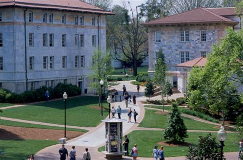 Middle 80 Emory Mba by What S New In The Schools For Semester Emory
