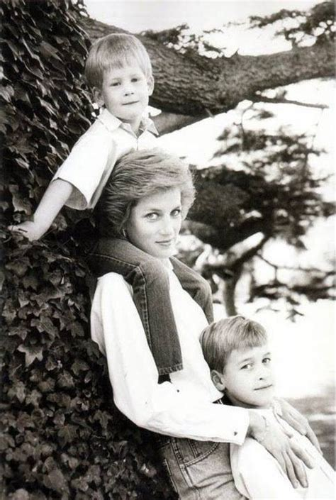 princess diana sons diana sons 8x10 b w photo from quot diana princess of
