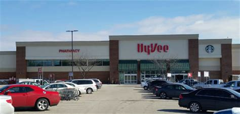grocery stores lincoln ne lincoln 3 hy vee superior hy vee