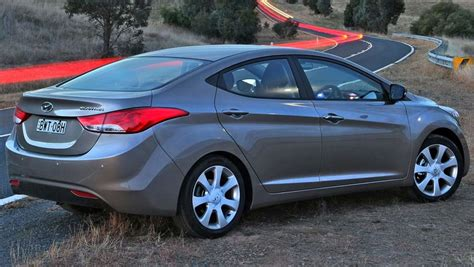 Used Hyundai Elantra by Used 2011 Hyundai Elantra Autos Post