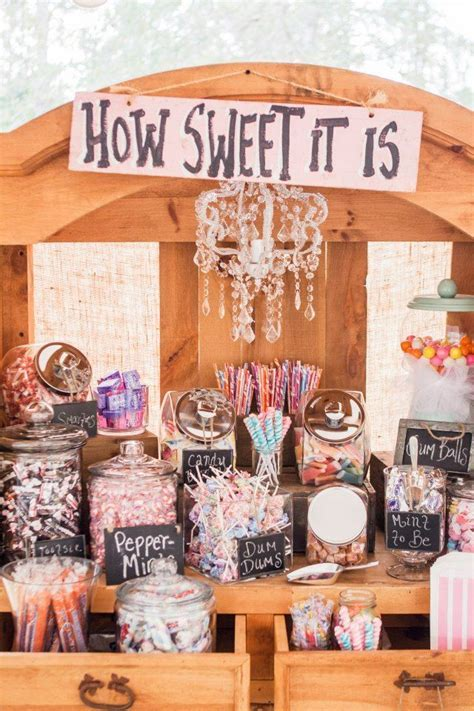 Best 25  Retro wedding decor ideas on Pinterest   Wedding