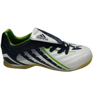 Sepatu Bola Adidas Terbaru 2012 sepatu futsal adidas lotto nike juni 2012