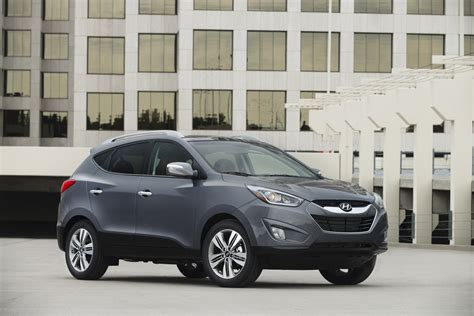 hyundai tucson 2014 blue refreshed 2014 hyundai tucson priced from 21 450