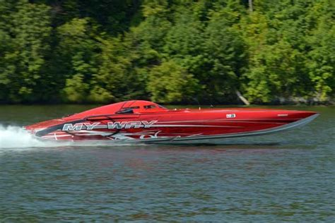 cigarette boat my way shootout in the ozarks boatus magazine