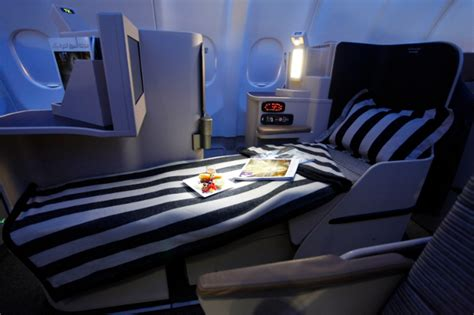 best class flights etihad airways pearl business class flight review flight