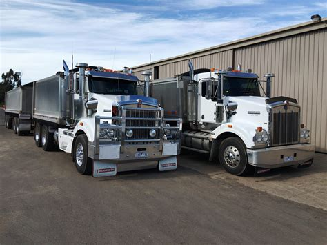 kenworth trailers kenworth truck and trailers hamilton plant equipment hire