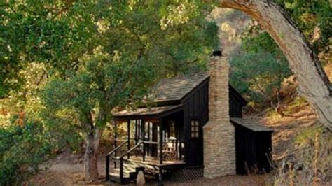 Small Cabin Fireplace small cabin w fireplace outdoor retreats