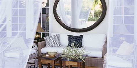 how to decorate with mirrors using mirrors to decorate a room