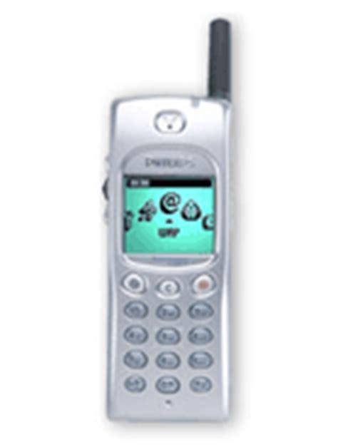 Handphone Samsung E3210 philips xenium 9 9w phone specifications