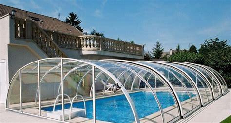 pool  spa enclosures   enjoy  backyard year