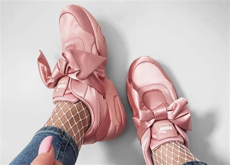 Bow Fenty Rihana how to style the by fenty bow sneaker on the foot