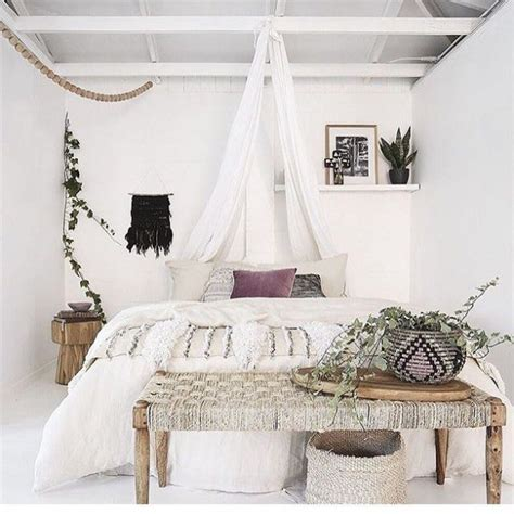 best 25 bohemian chic decor ideas only on pinterest best 25 bohemian bedrooms ideas on pinterest boho