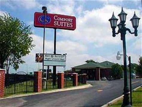 comfort suites tulsa ok comfort suites tulsa airport tulsa deals see hotel