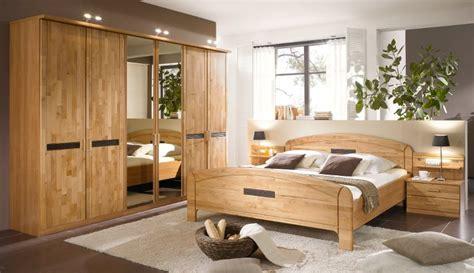 schlafzimmer beige schlafzimmer massivholz homeandgarden