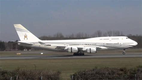 sultan hassanal bolkiah plane brunei sultan s flight boeing 747 430 v8 ali takeoff