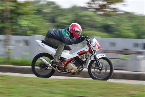 Per Klep Sonic 125 Daytona Racing suzuki satria fu 2006 racikan buat race gilamotor