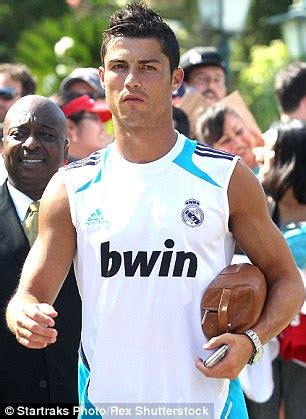 Louis Vuitton Cristiano Ronaldo With His Louis Vuitton Bag by Mickey Rourke Shows His 1 180 Louis Vuitton Manbag In