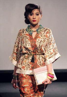 Batik Top 3 by Top 3 Modern Batik Designers In Malaysia Thestoppage