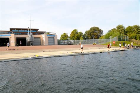 thames river boat club panoramio photo of hton school boat club on the river