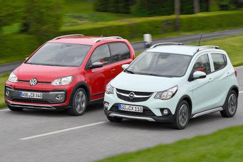 Opel Karl Rocks 2020 by Mikro Suvs Opel Karl Rocks Trifft Vw Cross Up Autobild De