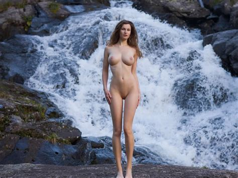 Waterfall Girl Thegreatnude Tv A Figurative Arts Magazine A Collection Of Videos Articles