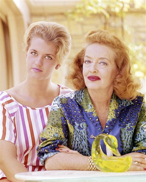 betty davis daughter fact checking feud bette davis s difficult relationship