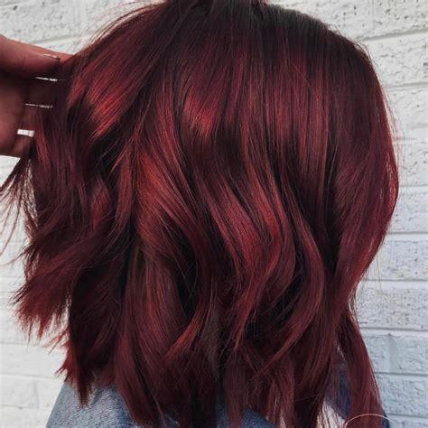 najlepsa crvena farba za kosu boja kuvanog vina boja kose koja vlada svijetom ove zime