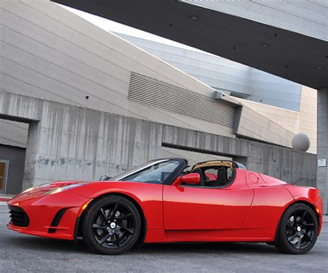 tesla roadster discontinued next tesla roadster four years away goes plaid