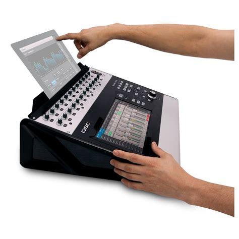 Mixer Digital Qsc qsc touchmix 30 pro digital mixer at gear4music