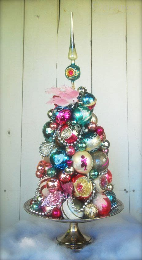 vintage tree ornaments 34 charming vintage d 233 cor ideas digsdigs