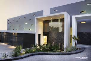 House Modern Design 2014 by Modern Mansion With Perfect Interiors By Saota