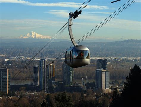 portland aerial tram sky rides ski lifts and gondolas portland aerial tram portland sky ride