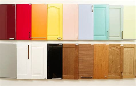 popular kitchen cabinet colors tips to choose the best kitchen cabinet colors