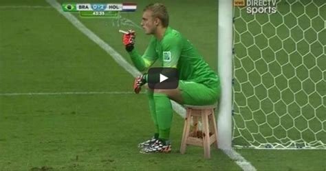 world best goalkeeper world s top 10 goalkeeper mistakes and fails 2016 how