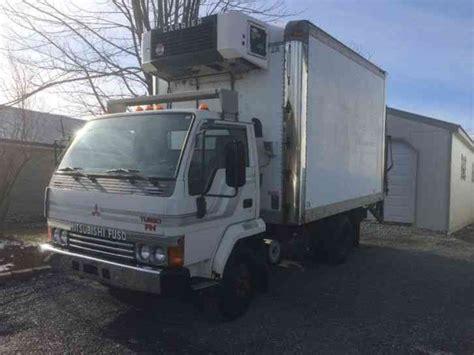 mitsubishi fuso box truck mitsubishi fuso 1988 van box trucks