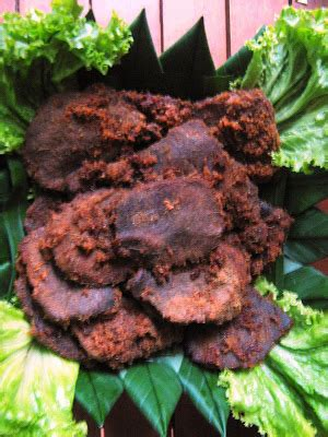 Pesenan Pak lucky catering pesanan tumpeng pak bayu di pejaten