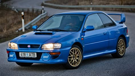 subaru 22b wallpaper 1998 subaru impreza 22b sti wallpapers hd images