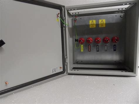 manual changeover bypass switches blades power