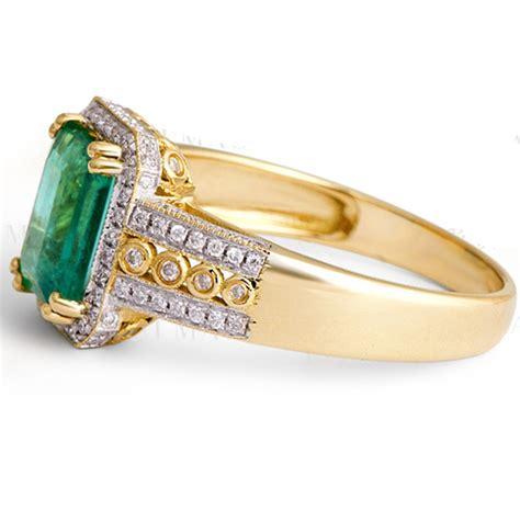 vintage  carat emerald  diamond engagement ring  women