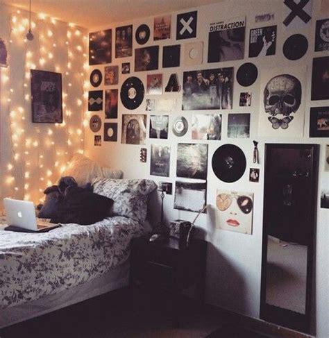 Nice Teenage Girl Room Decorating Ideas #6: A3a151362143efa354abf50839c63a49--teen-bedroom-grunge-punk-bedroom.jpg