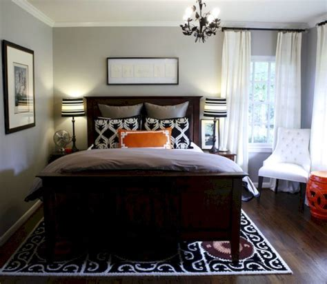 decorating a small master bedroom best 25 small master bedroom ideas on pinterest closet