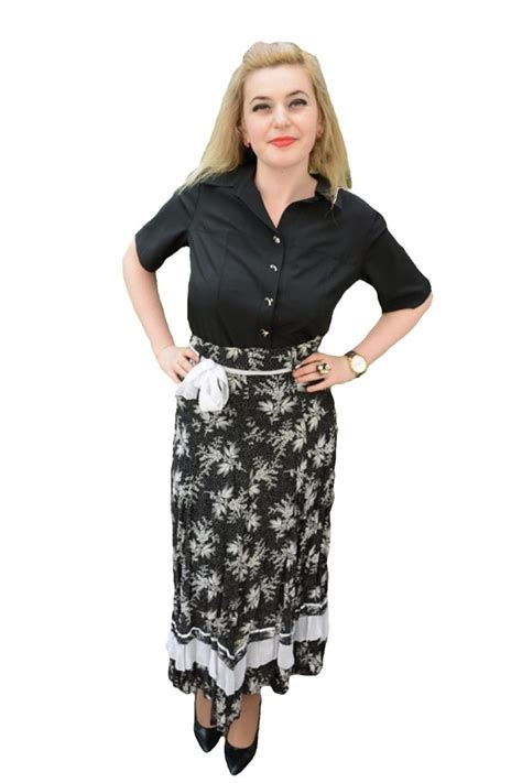 Marsita Maxi fusta maxi creponata de culoare negru alb