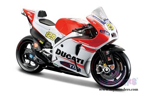 Diecast Motogp Ducati Iannone 2015 118 motogp 2015 ducati corseteam 04 and 29 motorcycles 34588 1 18 scale maisto wholesale diecast