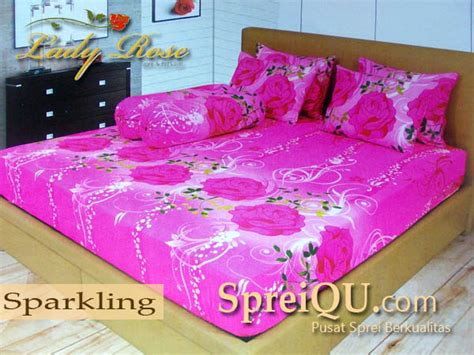 Sprei Family Motif Pink 180 X 200 X 30 Cm sprei sparkling 180x200