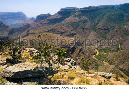 outlook to the drie rondavels blyde river canyon blyde